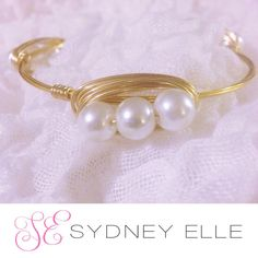 Pearl bangle bracelet handmade with Gold Wire. Pearls go great with Lily Pullitzer! Very preppy & polished. Perfect Christmas gift to wear beyond the holiday season! Also grew gifts for wedding party! #fashion #style #wedding #bride #bridesmaid #ootd