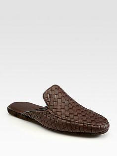 Bottega Veneta Brown Leather Slippers for men Leather Slippers For Men, Mens Slippers, Loafer Shoes, Loafers Men, Leather Men, Brown Leather, Half Shoes, Beach Wedding Shoes, Indian Men Fashion