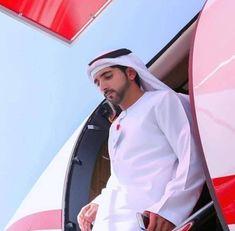 World Handsome Man, Handsome Arab Men, Prince Crown, Royal Prince, Beautiful Horses, Beautiful Men, Afghanistan Food, Dubai, Love You Very Much