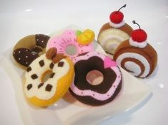 Felt Donut and Jam Roll pattern PDF by julyhobby on Etsy, $3.99