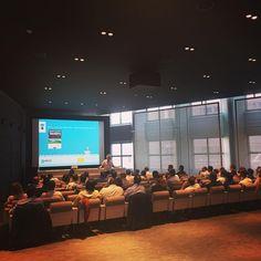 """#Conférence de notre expert Alain Sacquet sur """" #DevOps """" dans le tout nouvel #auditorium de la Grande Arche !  #Orsys #Formation #confdevops #formpro #IT #LaDéfense"""