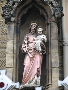Sheffield, St. Marie's Cathedral Church - a pretty rare example of Joseph with the baby Jesus