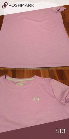 Crew tee Heat gear, loose fit, no stains, very gently used Under Armour Tops Tees - Short Sleeve