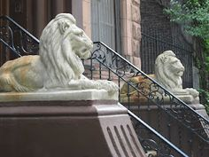 Stone Lions Guard WEA Brownstone NYC