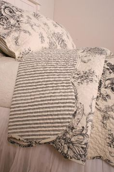 Ballard French Country Black Toile Quilt