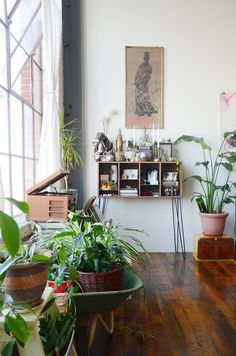 Thoey & Sutty's Southeast Asian-Inspired Loft in Oakland