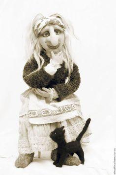 Баба яга хранительница домашнего очага и оберег для дома. Картинка Баба Яга. Фото кукла Баба Яга. Фотография Баба Яга.