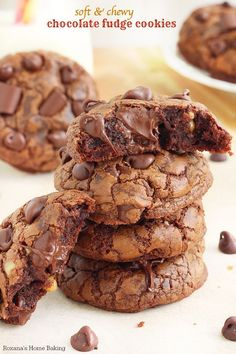 Having a cookie exchange party this year? Check out the 25 Best Christmas Cookie Exchange Recipes that will be a hit among your friends!