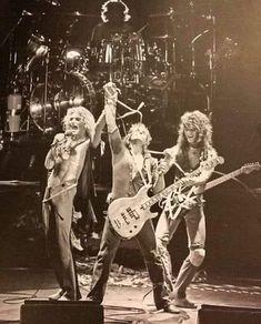 Van Halen 1, Eddie Van Halen, Walter White, Dear Lord, The Past, Concert, Rigs, Guitars, Wedges
