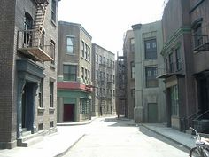 Filming Locations of Chicago and Los Angeles: Touring The Warner Bros. Studios