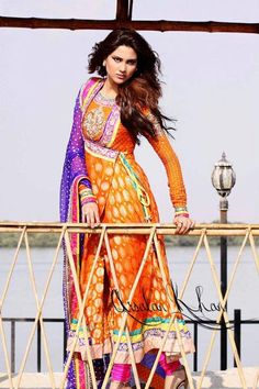 Latest Angrakha Style Dresses Designs Collection for Women Pakistani Couture, Indian Couture, Pakistani Bridal, Pakistani Outfits, Indian Outfits, Western Outfits, Mehndi Outfit, Mehndi Dress, Mehendi