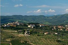 Travel walking in Tuscany by thetoptier, via Flickr