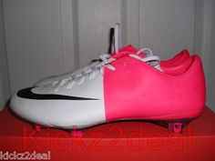 2f555fe68 Awesome Nike Soccer Shoes