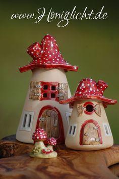 Honiglicht-Keramik - Home Ceramics Projects, Clay Projects, Clay Crafts, Diy And Crafts, Clay Fairy House, Fairy Garden Houses, Paper Clay, Clay Art, Fairytale House
