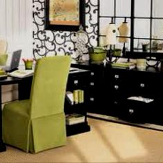 Office Decorating Tips this successful financial advisor's office needed to exude a