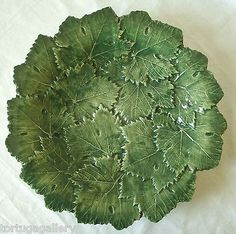 ITALIAN MAJOLICA~ POTTERY OF BASSANO, ITALY~ GREEN GRAPE LEAVES SERVING PLATTER