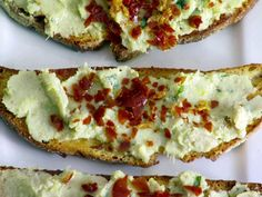 Artichoke and Bean Crostini: Giada's crostini topped with a rustic, tangy spread and crispy pancetta is sure to be a favorite. Read more at: http://www.foodnetwork.com/recipes-and-cooking/the-best-summer-appetizers/pictures/index.html?oc=linkback #food #appetizer #party