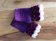 Purple Fingerless Mitts - Purple Dragon Scale Mitts - Purple Shades Fingerless Mitts - Dragon Scale Mitts - Fingerless Mitts - Gifts for Her