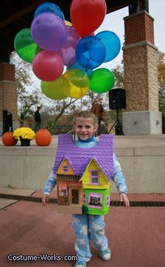 Charlottes UP House - Halloween Costume Contest