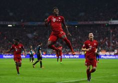 Champeon League: Bayern München-Arsenal London 5:1 - Noch kurz vor der Pause sorgte David Alaba für den nächsten Treffer der Bayern...