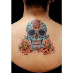 Now best tattoo designs skull 2015 Tatto Hot Tattoos, Great Tattoos, Beautiful Tattoos, Awesome Tattoos, Sugar Skull Tattoos, Sugar Skull Art, Sugar Skulls, Calaveras Mexicanas Tattoo, Caveira Mexicana Tattoo