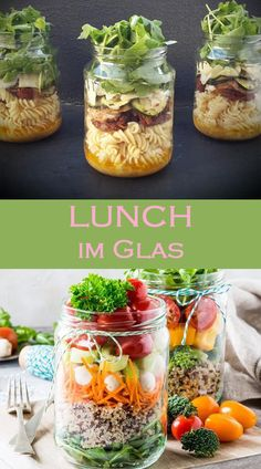 Lunch im Glas sieht so gut aus, wie er schmeckt. Und gesund sind die Rezepte zum… Lunch in a glass looks as good as it tastes. And the takeaway recipes are also healthy. The best glass dishes. Salad Recipes Healthy Lunch, Salad Recipes For Dinner, Chicken Salad Recipes, Lunch Snacks, Easy Salads, Healthy Snacks, Lunch Recipes, Mason Jar Meals, Meals In A Jar