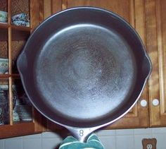 1000 Images About Cleaning Hints On Pinterest Cast Iron Pans Self Cleaning Ovens And Cleanses