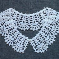 レース編み*つけ襟(綿麻素材)の画像