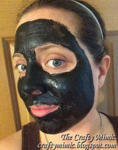 Charcoal Peel-Off Face Mask; Yes, I put Elmers Glue on my face! The Crafty Mimic #ClearSkinMask #FaceScrubHomemade #SugarScrubForFace Charcoal Mask Benefits, Charcoal Mask Peel, Pore Mask, Skin Mask, Blackhead Mask, Face Scrub Homemade, Homemade Face Masks, Masque Peel Off Charbon, Diy Peeling