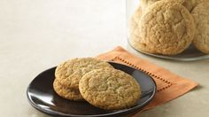 Treat your family to these snickerdoodle cookies that are perfect for dessert.