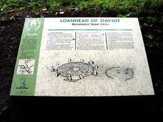 Descriptive Sign at Loanhead of Daviot, Aberdeenshire, Scotland (J. Demetrescu 2007)