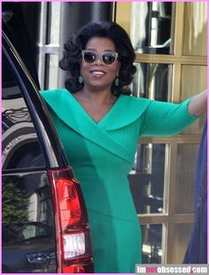 Oprah Winfrey Star Gossip, Oprah Winfrey, Special People, Celebs, Celebrities, Celebrity Couples, Role Models, Business Women, Movie Stars
