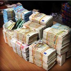 Counterfeit Money for Sale - Buy Fake Money Online Cash Money, Money Now, Money Fast, Quick Money, Make Money Blogging, Make Money From Home, Make Money Online, How To Make Money, Quick Cash
