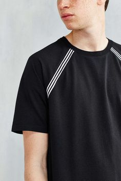 The Narrows Tipped Raglan Tee - Urban Outfitters