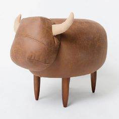 Tiny Calf Chair  @incorrigibledi  @nelleke_plouffe  isn't this adorable!