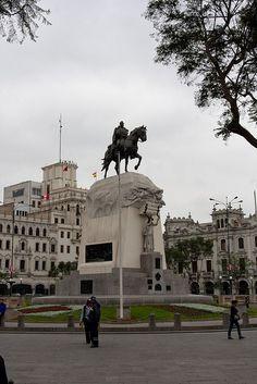 Plaza San Martin en la av del mismo nombre en Caracas Venezuela.