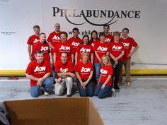Aon Global Service Day 2013: Aon colleagues in Philadelphia spending some time with Philabundance