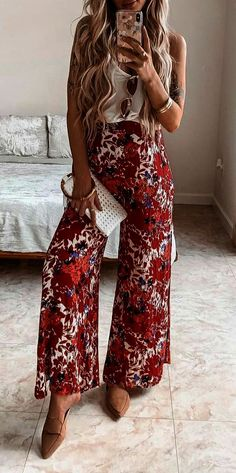 Brunch outfit ideas to wear this spring and summer for all events and occassions. These spring outfits are cute and fun, easy for anyone to style. Cute Spring Outfits, Boho Outfits, Cute Outfits, Fashion Outfits, Womens Fashion, Ladies Fashion, Fashion Ideas, Fashion Clothes, Fashion Hacks