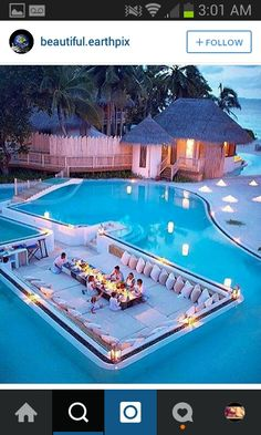 When I am 18 years old, this is what my swimming pool looks like. Dream Home Design, Modern House Design, My Dream Home, Vacation Places, Dream Vacations, Vacation Travel, Travel Goals, Future House, Beautiful Homes