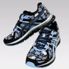 Hello Kitty Asics Sneakers...NEED!!! Hello Kitty Collection 87f77d1a12f45