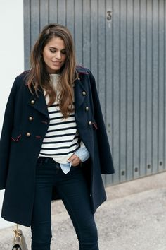 Abrigo de mujer Tintoretto azul marino de estilo militar | Jessie Chanes - Seams for a desire