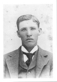 Pictures and descriptions of famous Confederate and pro-Government sharpshooters. Pictured is Private Ben Powell, who is generally believed to be the Whitworth Sharpshooter who killed Major General John Sedgwick - the highest ranking pro-Government officer to be killed in the war.
