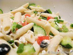 Greek Pasta Salad-12 Greek Salad Pasta, Salad Ingredients, Cherry Tomatoes, Salads, Easy Meals, Tasty, Lunch, Cooking, Salad