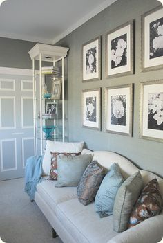 Living Room Mint Green Walls Design, Pictures, Remodel, Decor and Ideas - page 2 Bedroom Color Schemes, Bedroom Colors, Living Room Grey, Home And Living, Living Rooms, Mint Green Walls, Do It Yourself Home, My New Room, Painted Doors