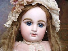 Beautiful Raberry Delphieu Bebe