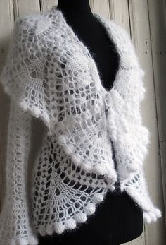 Crochet jacket with his hands. How to crochet jacket with his hands. Simple detailed chart of knitting jacket. Crochet Shirt, Crochet Jacket, Crochet Poncho, Irish Crochet, Shorts E Blusas, Modern Crochet Patterns, Crochet Circles, Crochet Fashion, Crochet Clothes