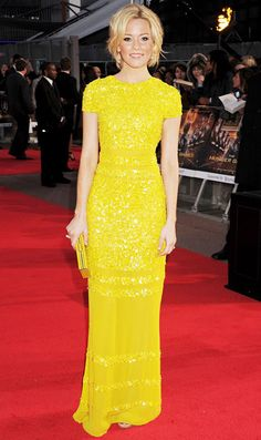 Elizabeth Banks in Bill Blass at the London premiere of The Hunger Games (2012).