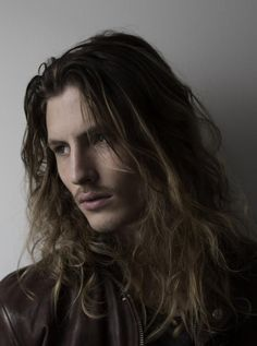 hot men with long hair | Guys with long hair <33