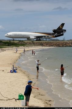 Beach next to Runway Ups Airlines, Cargo Airlines, Cargo Aircraft, Passenger Aircraft, Airbus A380 Emirates, Mcdonnell Douglas Md 11, Airplane Wallpaper, Plane Photography, Commercial Plane