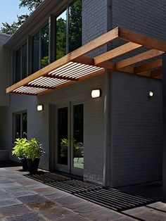There are lots of pergola designs for you to choose from. You can choose the design based on various factors. First of all you have to decide where you are going to have your pergola and how much shade you want. Modern Exterior, Exterior Colors, Exterior Paint, Exterior Design, Bungalow Exterior, Stucco Exterior, Grey Exterior, Brick Design, Brick Exterior Makeover